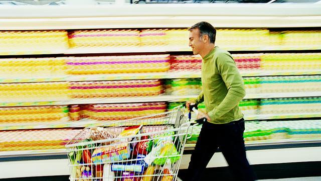 'Supermarkten moeten niet profiteren van sancties'