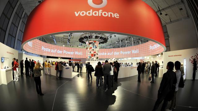 Vodafone verliest klanten en ziet omzet stijgen