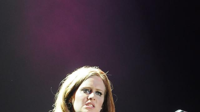 Adele zegt Amerikaanse tournee af
