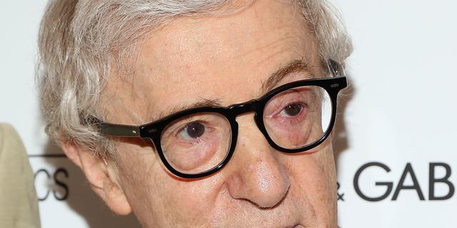 Dochter Woody Allen vindt dat vader wordt beschermd in #metoo-discussie