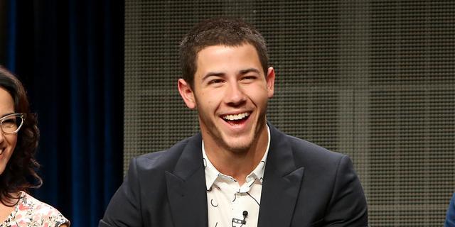 Nick Jonas presenteert Kids Choice Awards