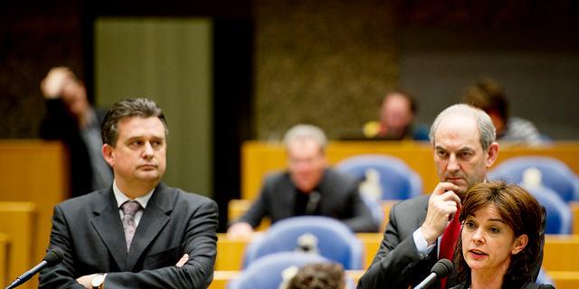 Oppositie laat weinig heel van Miljoenennota 2012