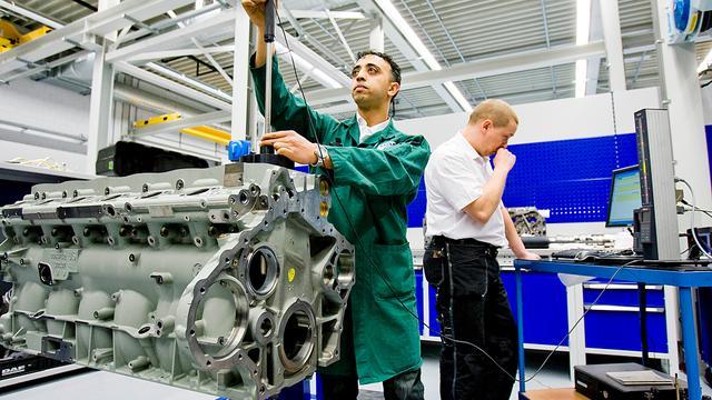 DAF Trucks schroeft productie verder terug