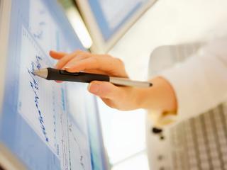 Onder meer toenemende digitalisering en lage rente zorgen voor extra risico
