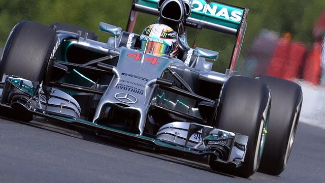 Hamilton en Rosberg oppermachtig tijdens vrije trainingen