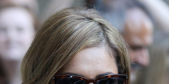 Cheryl Fernandez-Versini boos om foto van modejournalist