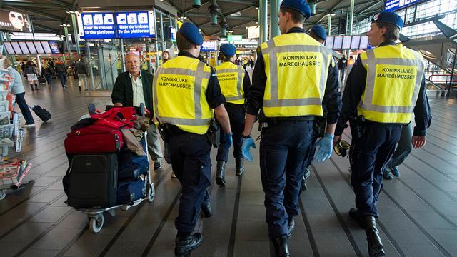 Internationale fraudeur gepakt op Schiphol