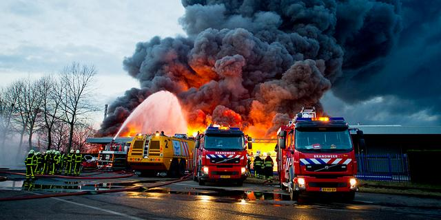 Gedupeerden brand Chemie-Pack Moerdijk azen op overheid