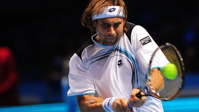 Ferrer naar halve finale in Londen na zege op Djokovic