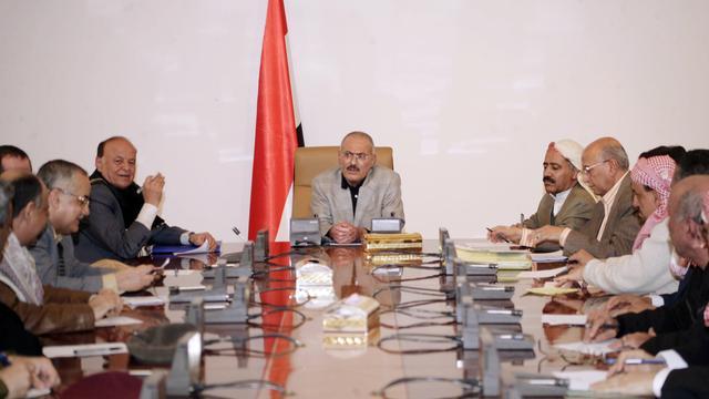 'President Jemen draagt macht over'