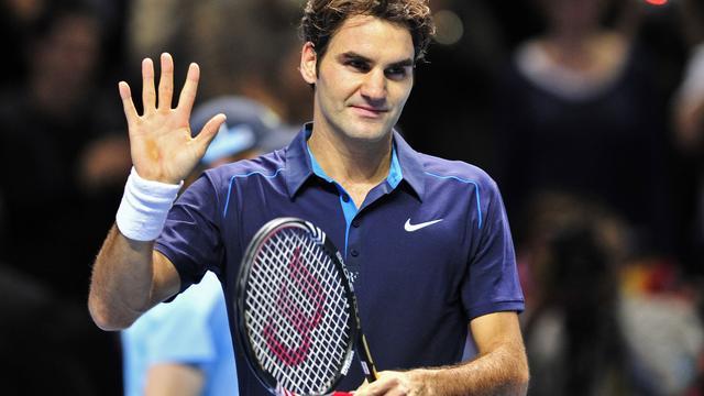 Federer deklasseert Nadal in Londen