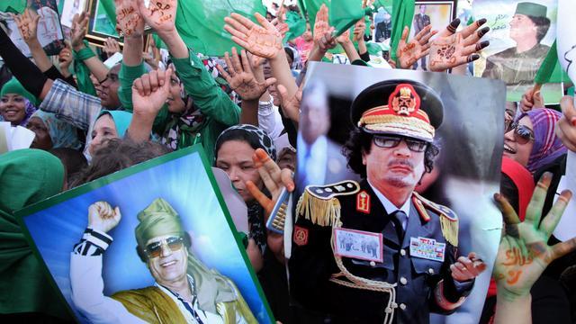 'Kaddafi gooit goudvoorraad in strijd'