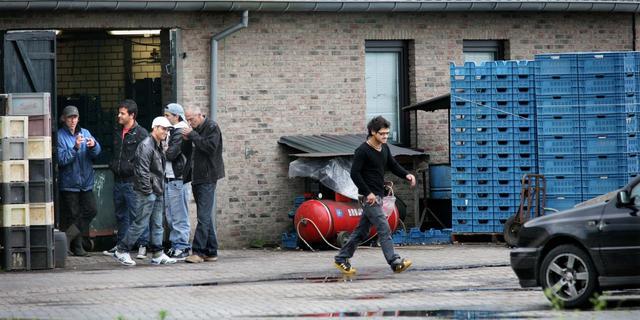 'Niet meer Roemenen bij dreigende recessie'