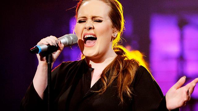 Adele gebruikt mobiele app voor communicatie