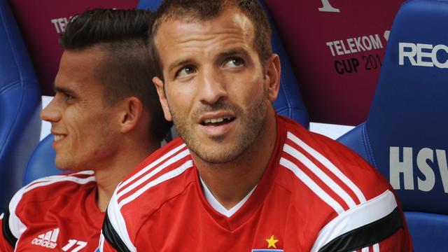 HSV-coach Slomka looft 'zeer bedrijvige' Van der Vaart