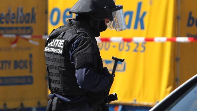 Arrestatieteam rekent vier man in op Buikslotermeerplein