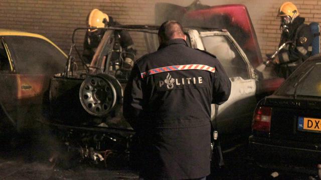 Opnieuw auto in vlammen op in Waalwijk