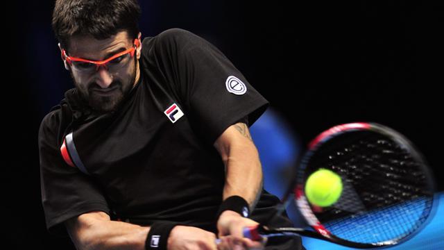 Tipsarevic verslaat Djokovic in Londen