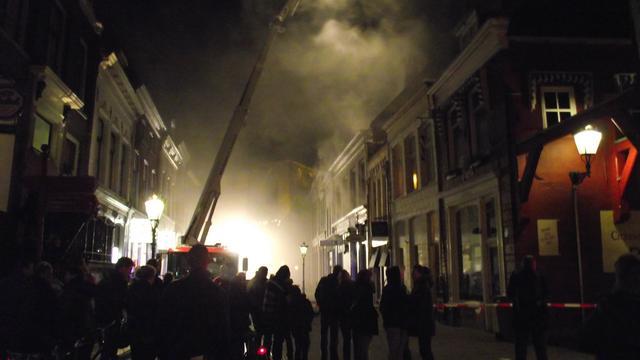 Grote brand in centrum Kampen