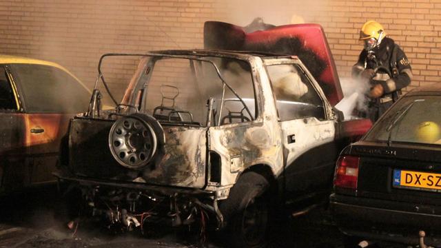 Weer autobrand in Waalwijk