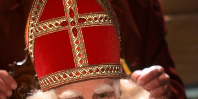 Bram van der Vlugt veroorzaakt Sinterklaasrel