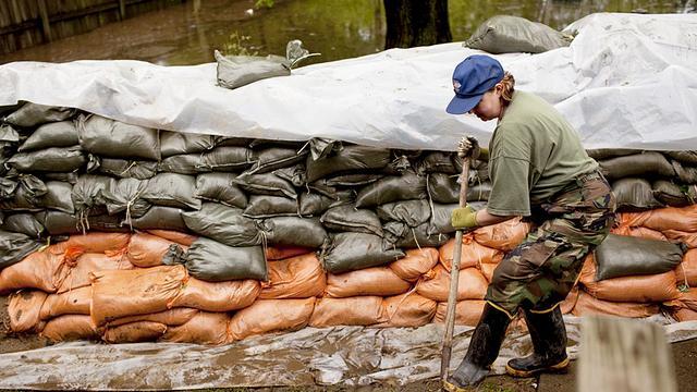380.000 mensen zonder stroom door storm in zuidwesten VS