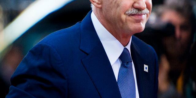 Papandreou bereid af te zien van referendum