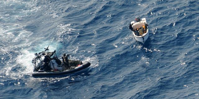 Britse koopvaardij mag zich bewapenen tegen piraten