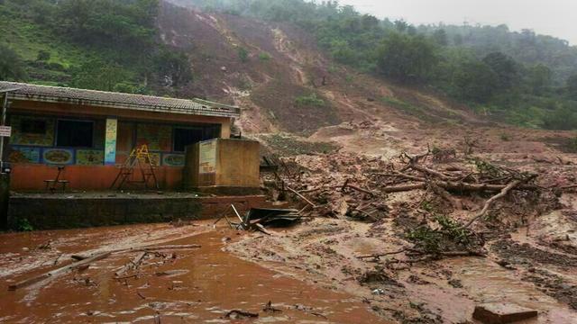 '150 mensen onder puin door aardverschuiving India'