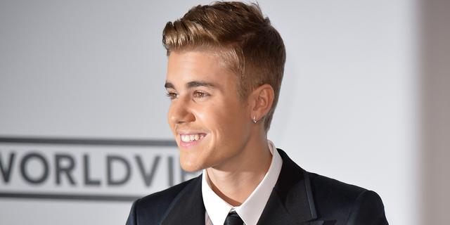 Politie stopt feest bij Justin Bieber