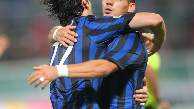 Sneijder scoort, Internazionale speelt gelijk