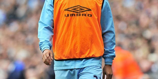 Manchester City wil Tevez straffen na geweigerde invalbeurt