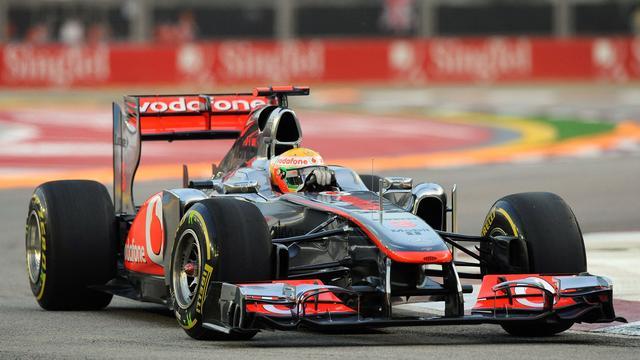 Hamilton snelste tijdens eerste vrije training