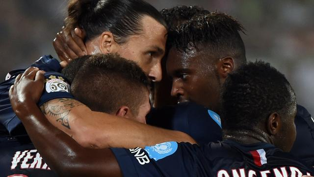 Ibrahimovic helpt Paris Saint-Germain aan Franse Supercup