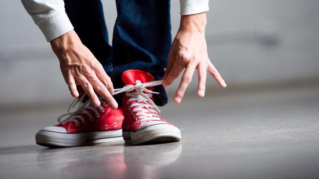 Wetenschappers onthullen oorzaak van losrakende schoenveters