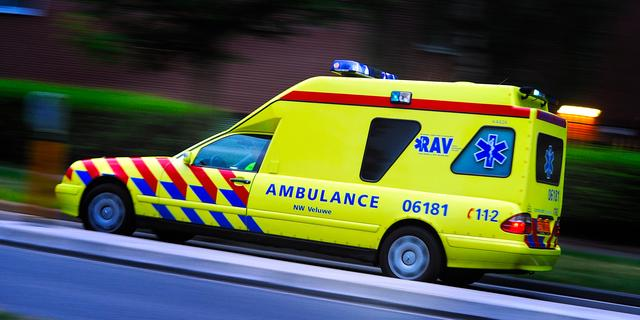 Vrouw mishandelt ambulancebroeder in Groningen