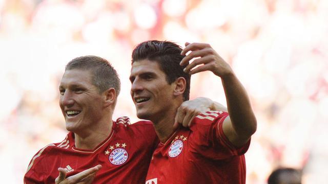 Bayern München verstevigt koppositie, Schalke onderuit