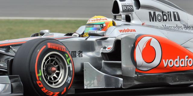 Hamilton doorbreekt dominantie Red Bull