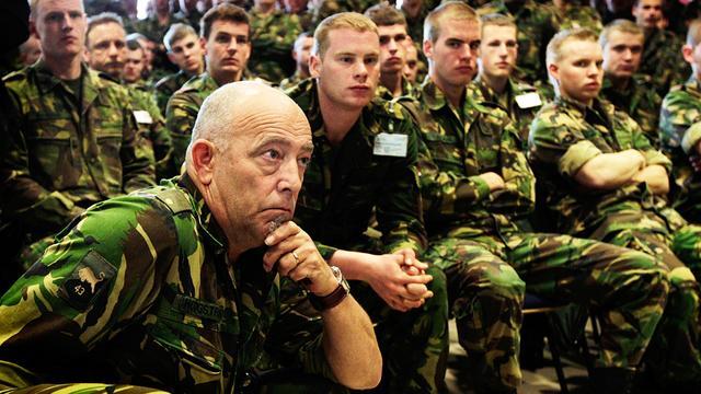 Militaire vakbonden kondigen actie aan voor meer loon