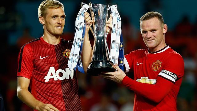 United verslaat Liverpool en pakt eerste prijs onder Van Gaal