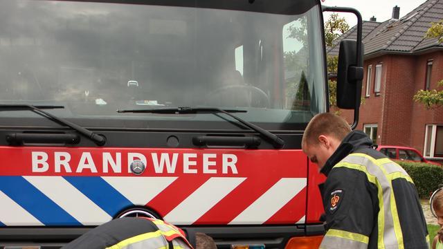 Schade in centrum Burgh-Haamstede door brand