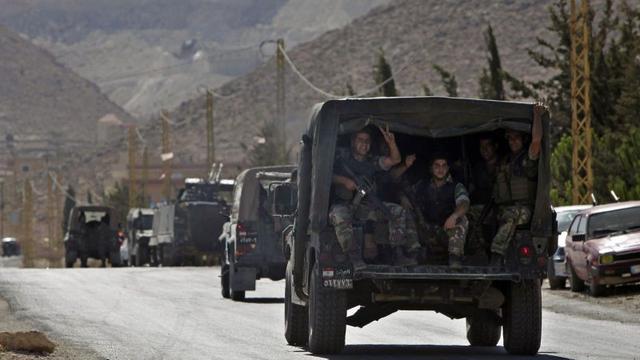 Syrische rebellen verlaten Libanese grensstad