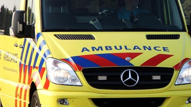 Chauffeur ambulance neergestoken