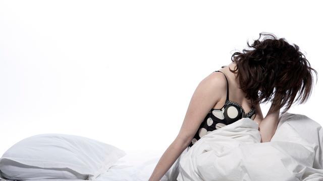 'Uitslapen kan gezondheidsrisico's slaaptekort verminderen'
