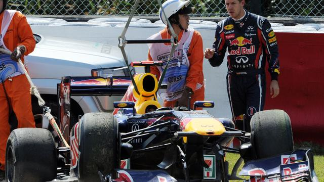 Vettel crasht tijdens training in Japan