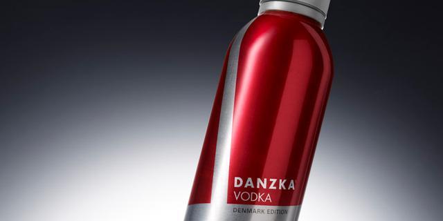 Cartils ontwerpt gelimiteerde fles voor Danzka wodka