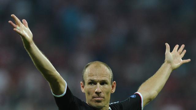 Robben trefzeker voor Bayern, Huntelaar scoort voor Schalke