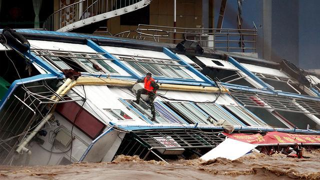 Meer doden en vermisten door noodweer China