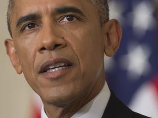 President wil overheid en bedrijven beter beschermen