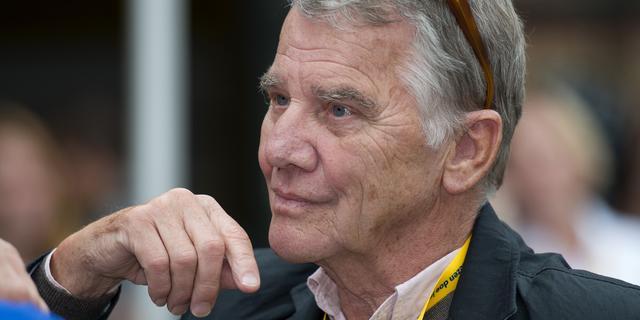 Willem Nijholt op 83-jarige leeftijd weer even het theater in